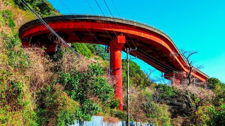 【静岡県】【廃橋】 さながら赤い化け物・・・伊豆の赤沢廃ループ橋