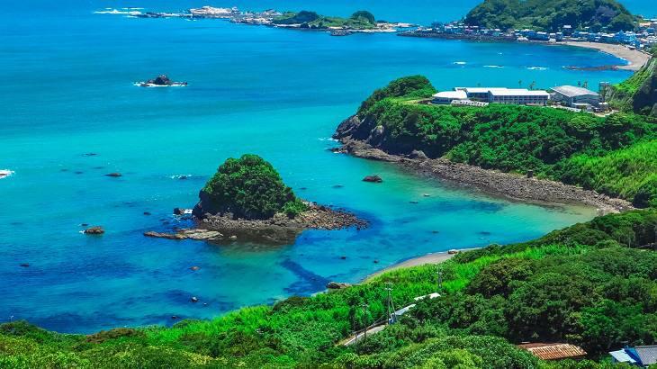 【千葉県】【秘境】エメラルドグリーンの絶景!鴨川松島とは?